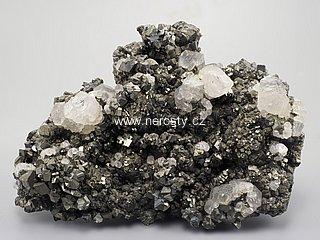 arzenopyrit + pyrit + kalcit