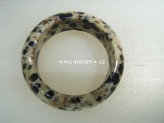 dalmatinit + prsten
