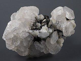 kalcit + manganokalcit + pyrit