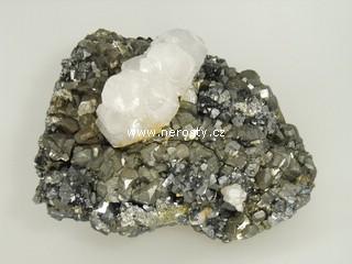 pyrit, kalcit