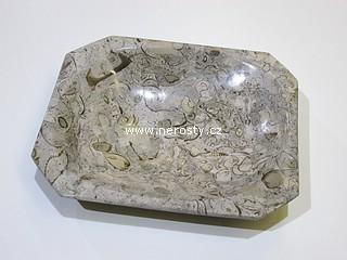 vapenec-s-fosiliemi
