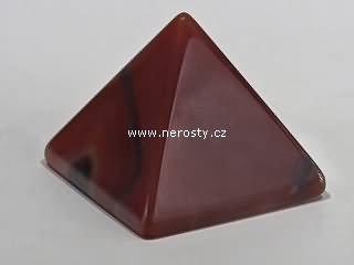 achát, pyramida