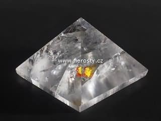 křišťál, pyramida