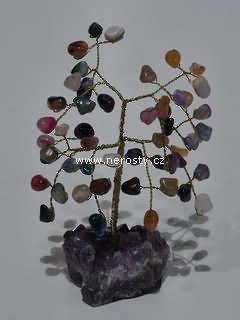 směs kamenů, stromeček štěstí