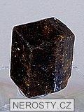dravit, turmalín