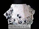 manganokalcit, sfalerit, pyrit