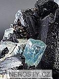akvamarín, skoryl