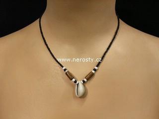mušlička náhrdelník + korálky
