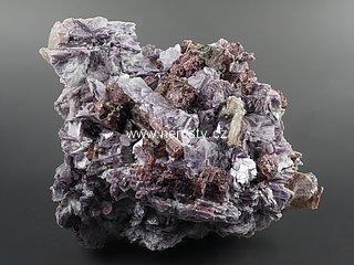 rubelit + stibiotantalit + lepidolit