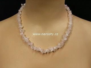 růženín + náhrdelník sekaný